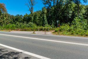 Parkmöglichkeit am Naturschutzgebiet Emscherbruch
